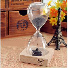 Creative Magnetic timeglass – NOK kr. 60