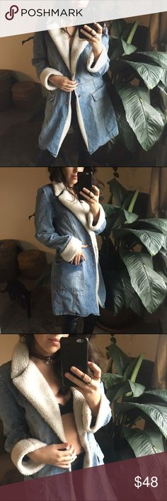 """ONE TUFF BABE/ denim jacket ⱝ faux shearling and soft denim ⱝ ramie and cotton blend ⱝ tag says medium, best fits a small ⱝ unlined, but can be very warm if you layer it with a cozy sweater ⱝ good vintage condition   ☠️ SOME CLOSET INFO ☠️  » see my """"about this closet"""" listing for my size info » offers are encouraged - I rarely lower my prices » bundle discounts depend on the items - just make a bundle offer on the items you're interested in Vintage Jackets & Coats"""