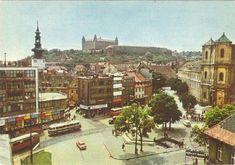 """Hurbanovo námestia a """"vyfarbený"""" Baťa - Dom obuvi Bratislava, Places Of Interest, Prague, Paris Skyline, Travel, Geo, Postcards, Buildings, Times"""