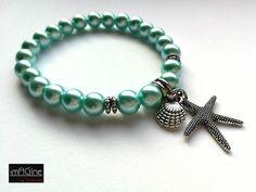 Glass beads bracelet.