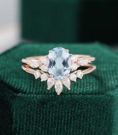 Elegant Engagement Rings, Diamond Cluster Engagement Ring, Engagement Ring Settings, Diamond Wedding Bands, Aquamarin Ring, Vintage Rosen, Vintage Rose Gold, Unique Vintage, Etsy Vintage