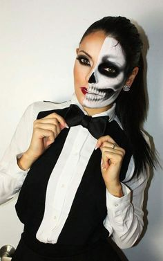 Halloween makeup idea. Skeleton makeup. easy makeup ideas for halloween. Scary makeup ideas for girls halloween. #makeupideashalloween