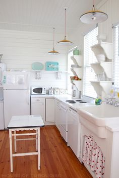 House of Turquoise: Cottage on the Green - Tybee Island