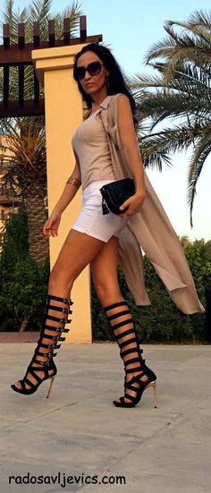 Heels outfits casual hair 69 Ideas for 2019 Casual Heels Outfit, Heels Outfits, Casual Outfits, Cute Outfits, Gladiator Sandals Outfit, Gladiator Boots, Strappy Sandals, Nylons, Casual Hairstyles