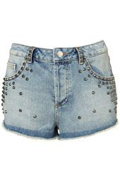 Studs are always a summer favourite!