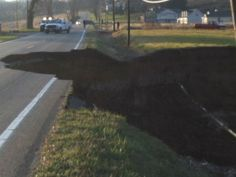 1200 ft Sink hole opems up in ohio