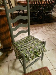 A Mcinnis Artworks: How To Weave A Fabric Chair Seat. @ninasherry This Is  What I Was Talking About....she Has Some Really Pretty Seats.