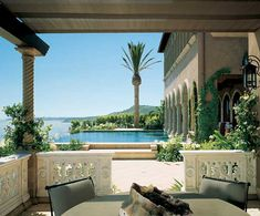 Cher's Malibu House Mansion with Infinity Pool