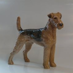 B&G 2099 Airedale Terrier 20 cm