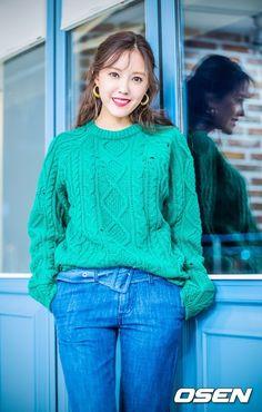 """T-ARA、インタビューで見せた""""爽やかな笑顔"""""""