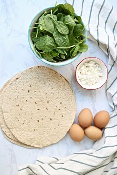 Spinach Feta Wrap with sun-dried tomatoes – Pinch Me Good - Egg Salad Healthy Egg Salad, Healthy Wraps, Healthy Foods, Healthy Eating, Spinach And Feta, Spinach Wrap, Protein Packed Breakfast, Salad Wraps, Low Carb Tortillas