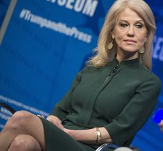 Kellyanne looks wonderful in pantyhose! What a strong, sexy woman!