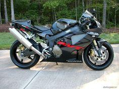 rc51 | BikePics - 2005 Honda RC51