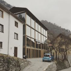 New atelier building, Haldenstein, Peter Zumthor - photo: Leonard Kadid