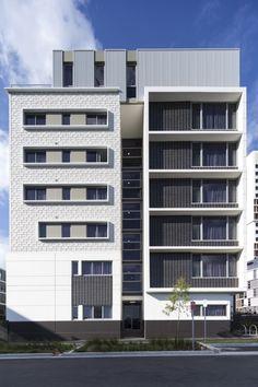 VSQ2 / Tony Caro Architecture