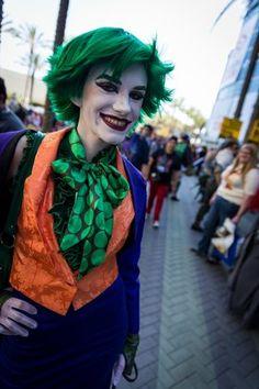 Fem Joker CosPlay Awesome Cosplay, Best Cosplay, Joker Cosplay, Cosplay Costumes, Joker And Harley, Harley Quinn, Halloween 2015, Halloween Costumes, Cosplay Ideas
