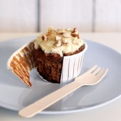 Low fat carrot cupcakes that DON'T require cupfuls of oil. The banana and crushed pineapple keep them so moist, you won't miss the oil!