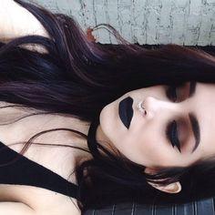 Grunge eye makeup, nu goth makeup, edgy eye makeup, vamp makeup, witch m Emo Makeup, Grunge Makeup, Gothic Makeup, Grunge Hair, Skin Makeup, Beauty Makeup, Hair Beauty, Black Lipstick Makeup, Makeup Style