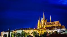 Things to do in Prague - Czech Republic - Prague Castle at night