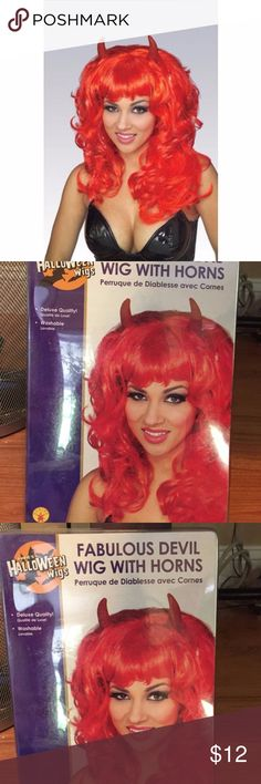 Red Devil Halloween Costume Wig w horns BRAND NEW Brand new in package  Red  devil Wig   halloween wig   suggested retail price  $19.99                                                                                                          a must have wig for devil  costumes     Red medium wavy  style Synthetic   with bangs  comes with attached  horns Rubies Accessories Hair Accessories
