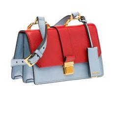 Sac en cuir rouge et bleu, Miu Miu, 1200 €