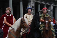 Per #Befana a #Firenze torna la #cavalcatadeimagi  Meno di due giorni al ritorno dei Magi a Firenze!  http://operaduomo.firenze.it/blog/posts/torna-la-cavalcata-dei-magi