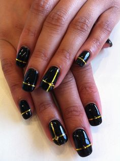 Bio Sculpture Gel colour: #2017 - Liquorice with gold striping tape