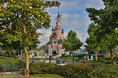 DisneyLand Paris (: