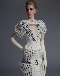 Seeking the Ethereal: Thom Browne Editorial (S/S - StyleZeitgeist Beauty And Fashion, Fashion Art, High Fashion, Fashion Design, Fashion Trends, Collections Photography, Fashion Photography, Geometric Fashion, Inspiration Mode