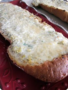 cheesy artichoke bread
