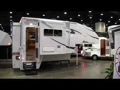Truck camper chalets 37 Ideas for 2019 Camper Life, Rv Campers, Camper Trailers, Travel Trailers, Tent Camping Beds, Truck Bed Camping, Pick Up, Fire Truck Nursery, Kombi Motorhome