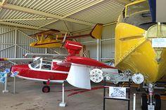 A partir des années 1930, de grands hydravions seront fabriqués et expérimentés sur l'étang de Biscarosse. Un musée raconte cette épopée. Et de petits ULM en décollent toujours. #hydravion #printempsdeslandes #landes #seaplane