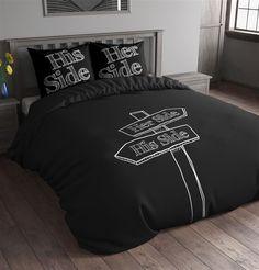 Sleeptime Dekbedovertrek His And Her Sign Black is gemaakt van 100% Micropercal. Deze stof is ademend en vochtregulerend en voelt hierdoor lekker zacht en soepel aan op je huid. Je droomt gegarandeerd heerlijk weg onder dit comfortabele dekbedovertrek. Doordat dit overtrek strijkvrij is ziet het er altijd heel netjes uit. Het overtrek heeft een instopstrook over de gehele breedte.