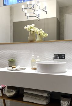 Fresh Bathroom & Modern Powder Room Reveal - Interior Design Ideas & Home Decorating Inspiration - moercar Laundry In Bathroom, Bathroom Inspo, Bathroom Renos, White Bathroom, Bathroom Inspiration, Modern Bathroom, Small Bathroom, Beach Bathrooms, The Block Glasshouse