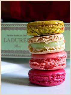 Ladurée Macarons..... one of my most favorite things in the whole wide world.