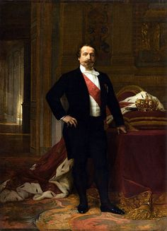 Louis Napoleon is known as the first President of France and the last monarch of France (in that sequence) How is that possible? Became president through popular elections and turned himself into an emperor through a coup d'etat.