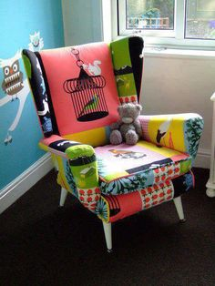 lovely use of Ikea fabric to upholster a chair by tamera Ikea Chair, Diy Chair, Funky Furniture, Painted Furniture, Ikea Fabric, Patchwork Chair, Cool Chairs, Upholstered Furniture, Decoration