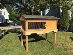 Upcycled Pallet Rabbit Hutch / Bunny Hutch | 101 Pallet Ideas