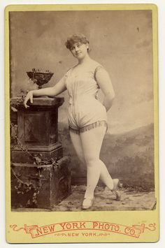 Exotic Dancers, 1890s. Imagine this woman on the cover of Vogue.