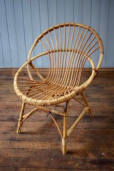 Vintage Mid Century Blonde Ercol Goldsmith Spindle Carver Chair   CAN  DELIVER | The Stowaway Finds | Pinterest | Antique Dining Chairs, Dining  Chairs And ...