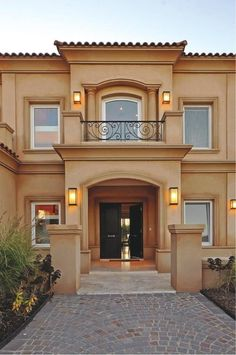 32 Ideas For House Plans Mansion Balconies Bungalow House Design, House Front Design, Modern House Design, Classic House Exterior, Dream House Exterior, House Plans Mansion, Tuscan House, Mediterranean Homes, Facade House