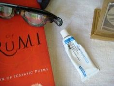 Some Retina A rules.....  1) Always apply it to your skin at bedtime, never use it during the day.  2) Never apply it at the same time you also have products on your skin that contain glycolic acid or benzoyl peroxide .  3) Always wait at least 15 to 30 minutes after washing your skin and applying any other skin care products before you apply tretinoin.