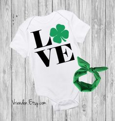 LOVE St Patricks Day Baby Outfit - Kiss Me I'm Irish, Kiss My Irish, My First St Patty's Day, With Matching Headband Option, Pint Sized Clothing Unisex Kids' Clothing Bodysuits Pot of Gold Rainbow Kiss Me Four Leaf Clover Shamrock Shake your March Madness Green Beer Irish Baby Celtics St Pattys St Patricks Day Little Leprechaun Funny Baby Onesie