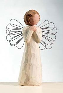 Angel of Wishes, Willow Tree® Angels by Demdaco are designed by Susan Lordi to express heartfelt sentiments Willow Tree Engel, Willow Tree Figuren, Willow Figurines, Simple Tree House, Reading Tree, Magic Treehouse, Angels Among Us, Tree Sculpture, Christmas Store