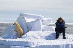Quando si va alla deriva, nell'Artico, serve piangere o sperare? Serve ricordare: Tutto ritorna, il ghiaccio alla banchisa, le strolaghe. O almeno è quello di cui Nuvua è convinta e Luke vuole crederle a tutti i costi. Dopo il buio dell'inverno, torna anche la luce! E chi torna non ha perso la strada. Midnight Sun, Mount Everest, Costa, Mountains, Celebrities, Nature, Travel, Outdoor, Winter Time