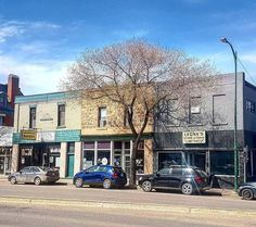 5 outrageously charming towns in Manitoba that you'll want to move to right now Countryside, Places To Visit, Street View, Vacation, Mansions, House Styles, City, Paranormal, Traveling