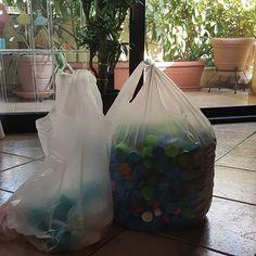 Πλαστικά καπάκια μαζεύεις; Εγώ ναι, αλλά πάντα αναρωτιόμουν τι ισχύει. Δίνουν αμαξίδια ή πρόκειται για μια καλοστημένη απάτη; Όλες τις απαντήσεις θα τις βρεις στη συνέντευξη που ακολουθεί πατώντας στο link στο προφίλ μου.  #miss_healthy_living_gr #plasticfree #recyclegr #greekbloggerscommunity #momblogger #mombloggergr #ig_greece #igers #lifomag #athensvoice @looktothestars7 @letsdoitgreece #zerowaste #zerowastelife