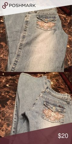 Flare Bottoms Light Color Blue Jeans 👖 Beautiful Bling on Back Pockets 🌸 Angels Jeans Flare & Wide Leg