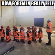 memes every construction worker will find relatable 12 These construction jokes have a great buildup photos) Funny Signs, Funny Jokes, Hilarious, Work Memes, Work Humor, Lineman Love, Power Lineman, Construction Humor, Construction Worker