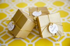 gold wedding favors see more http://trendybride.net/british-columbia-canada-james-bond-inspired-wedding-shoot/